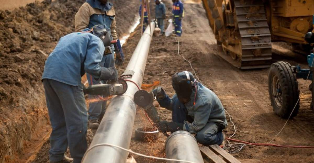 Oil and Gas Pipeline Fabrication and Construction Market Size, Share,  Development by 2025 - WhaTech
